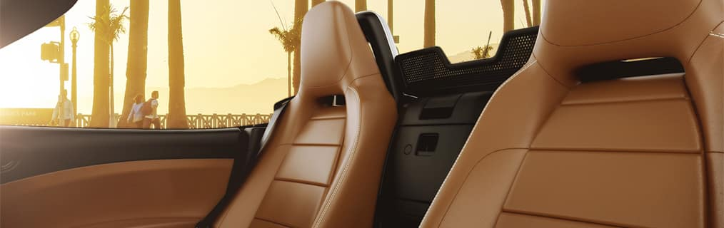 2017 FIAT 124 Spider tan leather seats